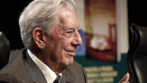 Mario-Vargas-Llosa-durante-la-presentación